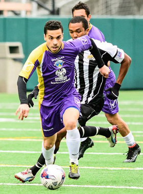 FC Tacoma (purple) hosted San Diego Flash with the final spot in the 2015 Lamar Hunt US Open Cup on the line. Photo: Marcus Annable