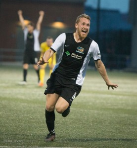Rob Vincent celebrates his stoppage time winner for the Pittsburgh Riverhounds against the Tampa Bay Rowdies. Photo: Pittsburgh Riverhounds