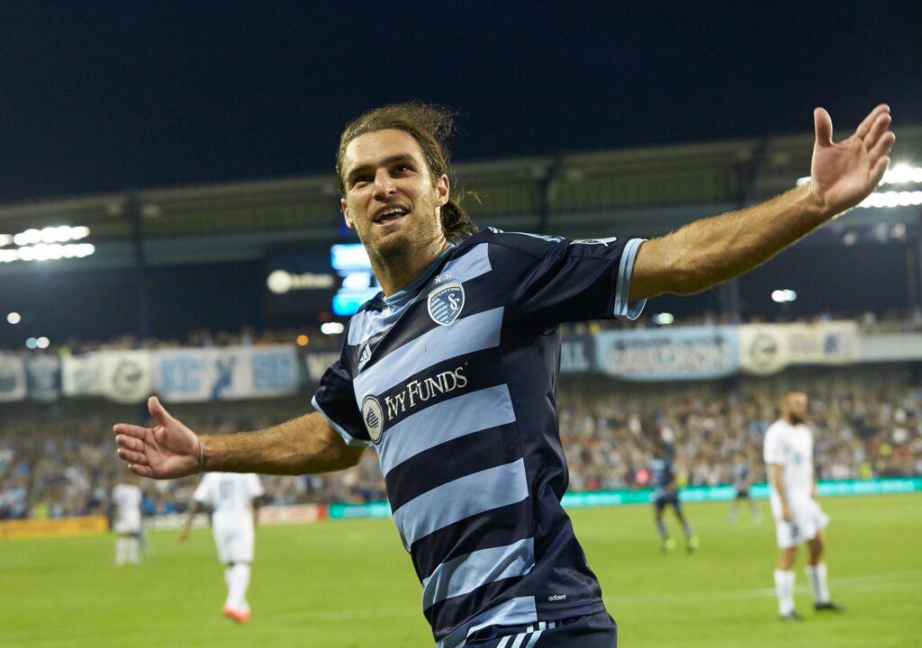 160b5d055 Graham Zusi celebrates his go-ahead goal for Sporting KC against Saint  Louis FC.