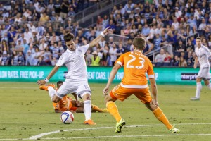 Benny Feilhaber scores the equalizing goal for Sporting KC against the Houston Dynamo in the 2015 Quarterfinals. Photo: Graham Green | Prost Amerika