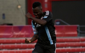 David Accam of the Chicgao Fire scored a pair of first half goals to help the home team beat the Columbus Crew, 2-1. Photo: Chicago Fire