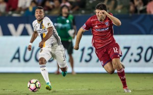 Ryan Hollingshead of FC Dallas races to the ball in a 2016 US Open Cup Semifinal match against the LA Galaxy. Photo: LA Galaxy
