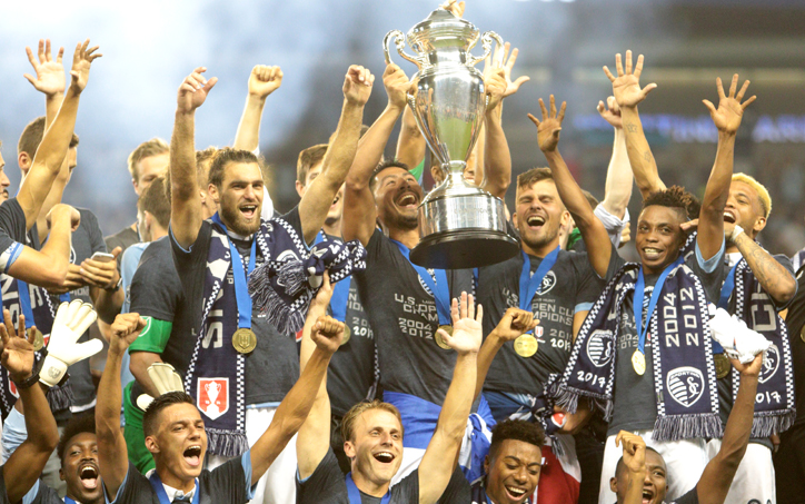 Sporting Kansas City celebrates after defeating the New York Red Bulls 2-1 in the 2017 US Open Cup Final. Photo: Bob Larson