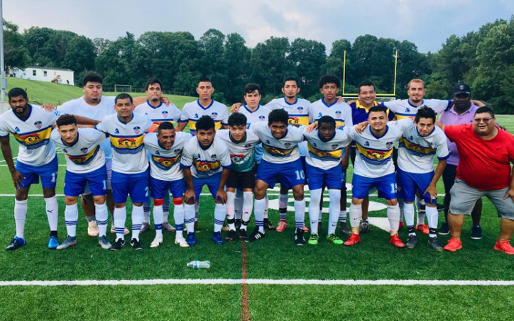 Alianza FC poses for a team photo before the club's 2020 US Open Cup qualifying match vs. Doradus FC. Photo: Alianza FC